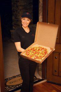 Door-Delivery-Pizza_02